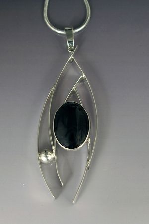 Black Onyx Classic Curves Necklace (B-134)