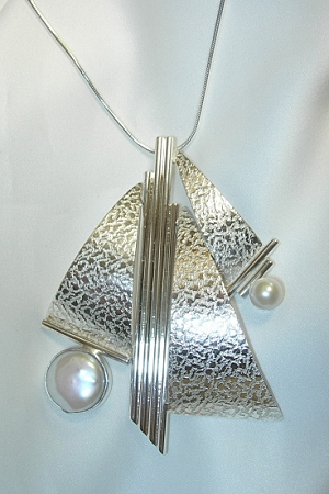 Pearl Art Deco Necklace