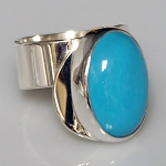 Modern Ring with Oval Turquoise