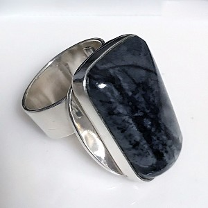 Picasso Marble Modernist Ring