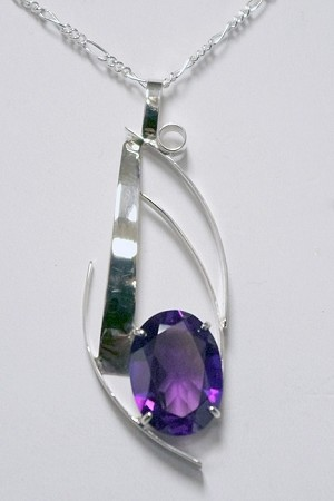 Silver Curves Necklace with Alexandrite