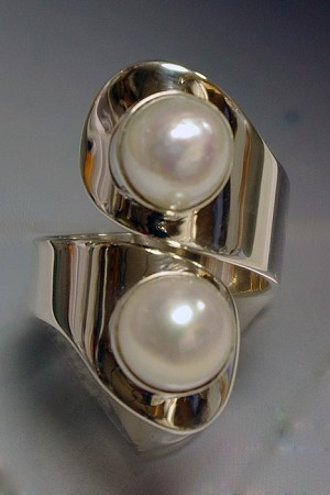 Two Pearls Modern Ring