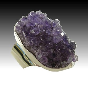 Modern Ring with Geode Amethyst